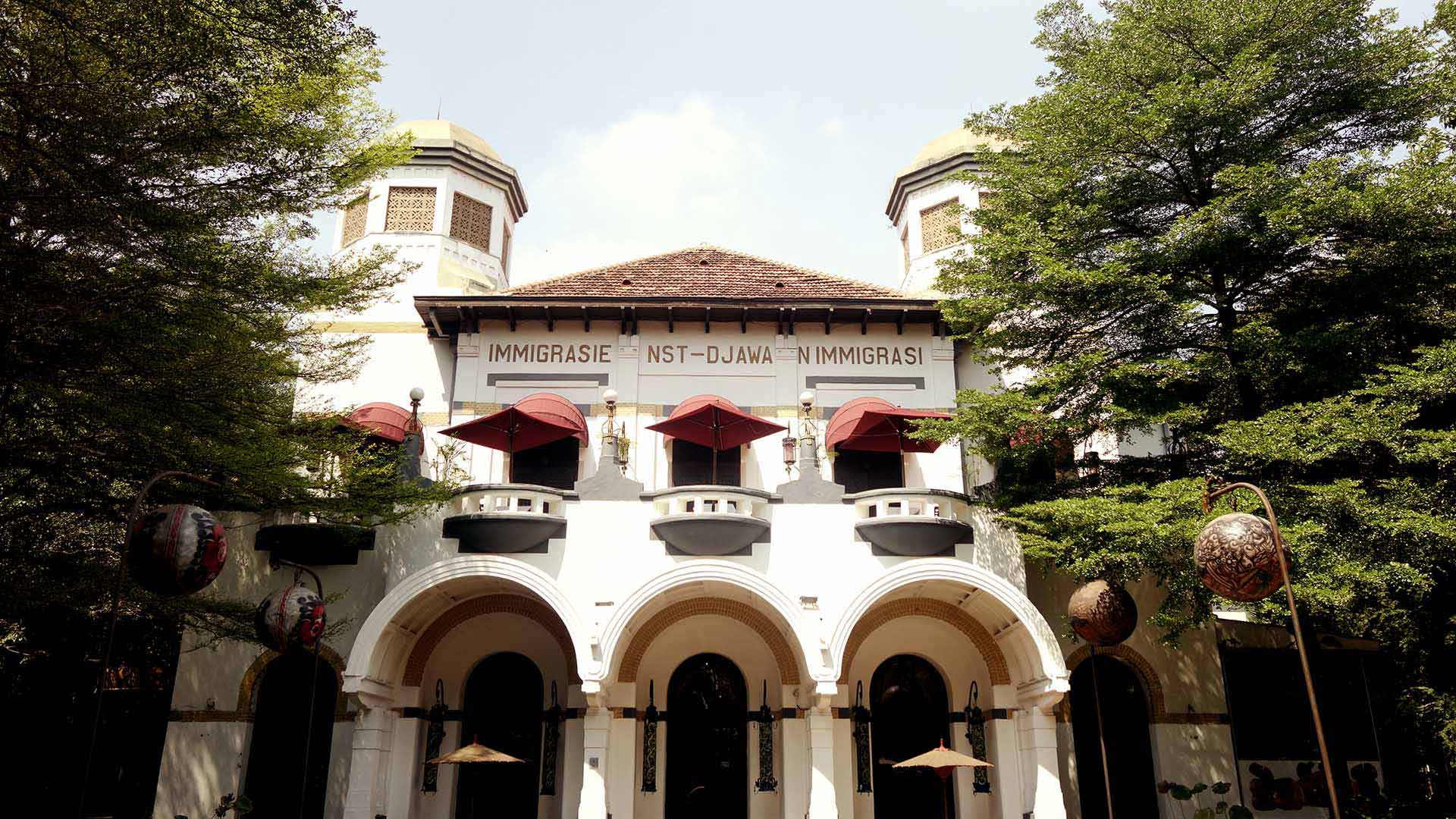 Heritage Trail In The Old City with Alila Jakarta