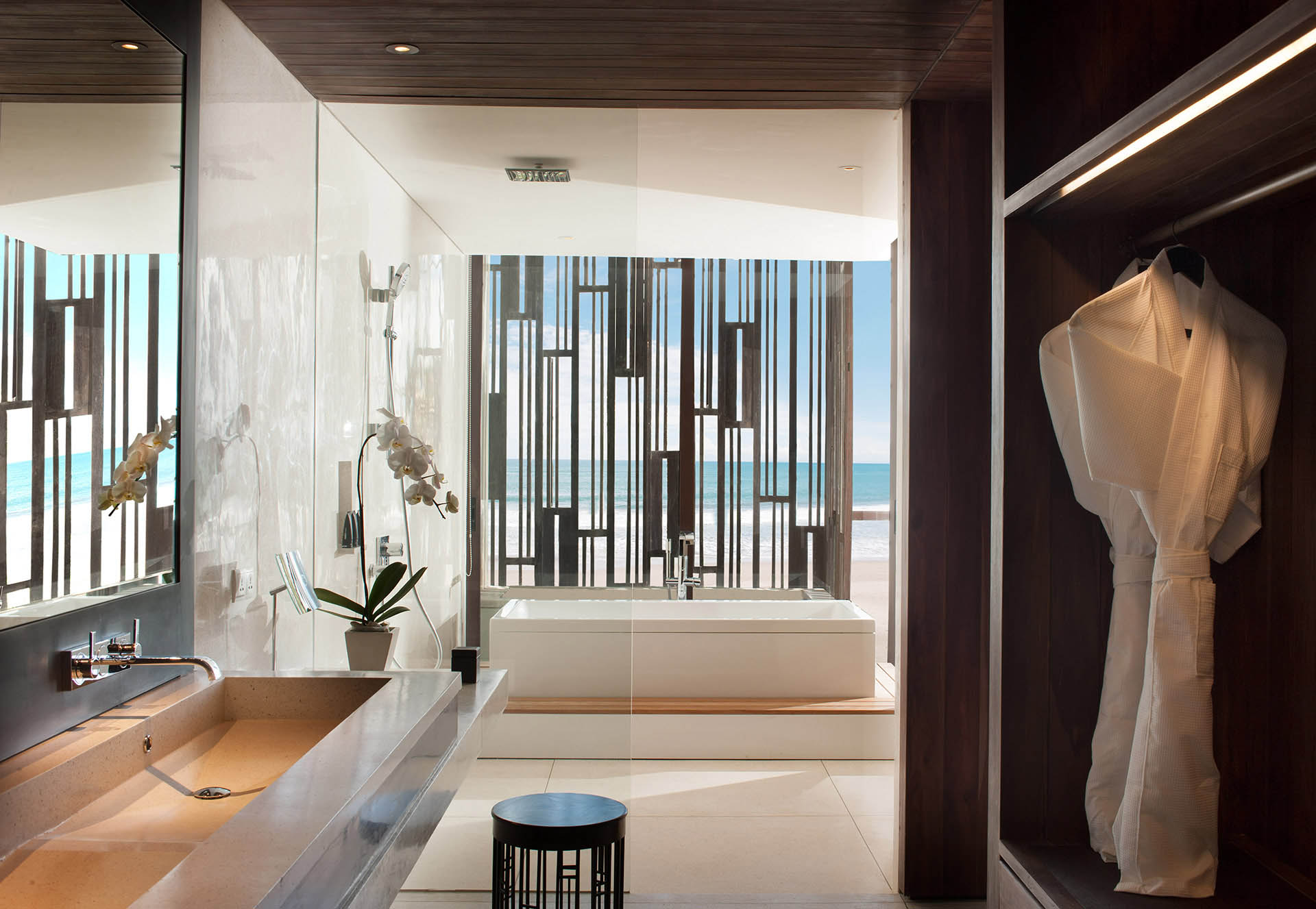 Beach Suite - Bathroom