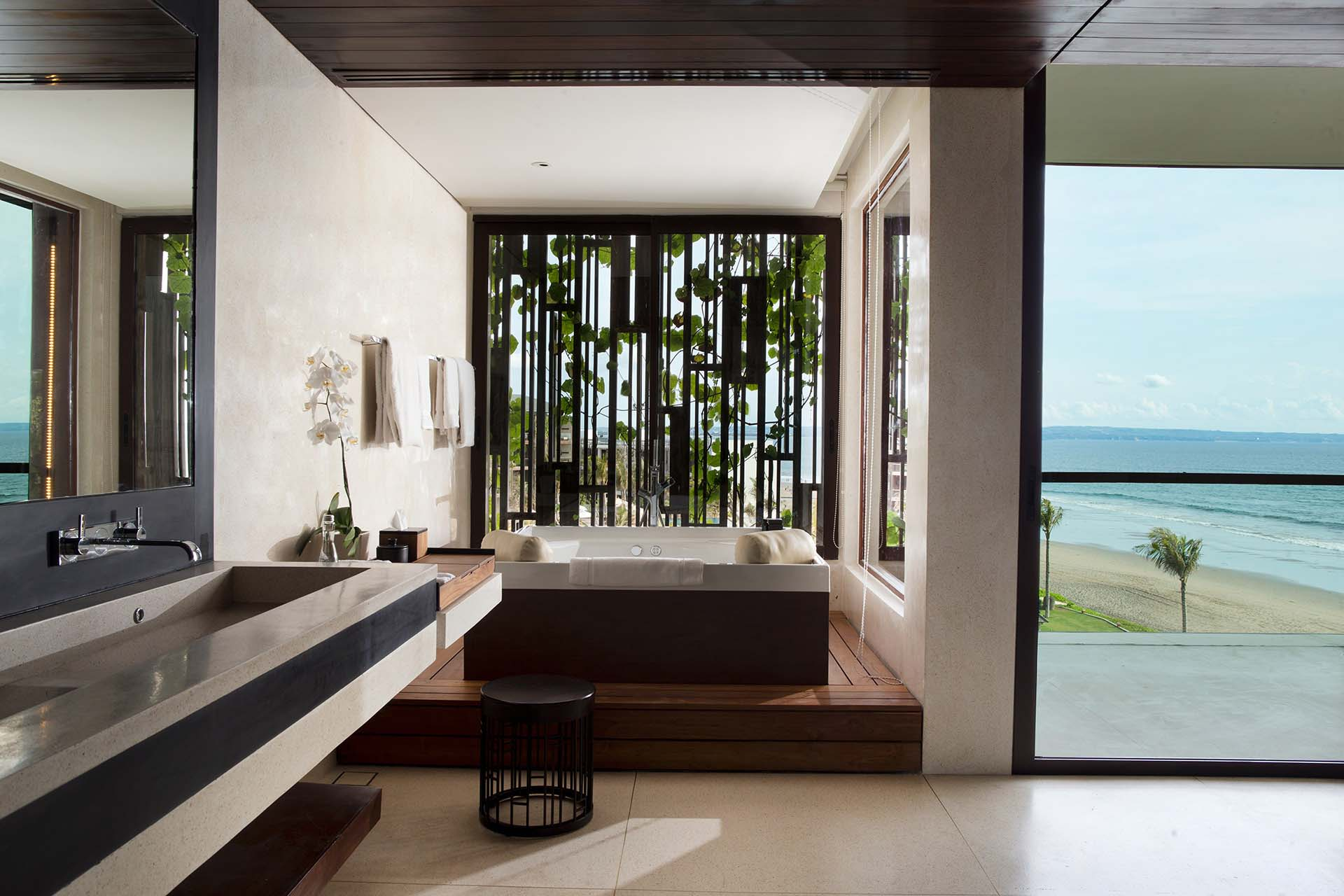 Alila Penthouse - Bathroom
