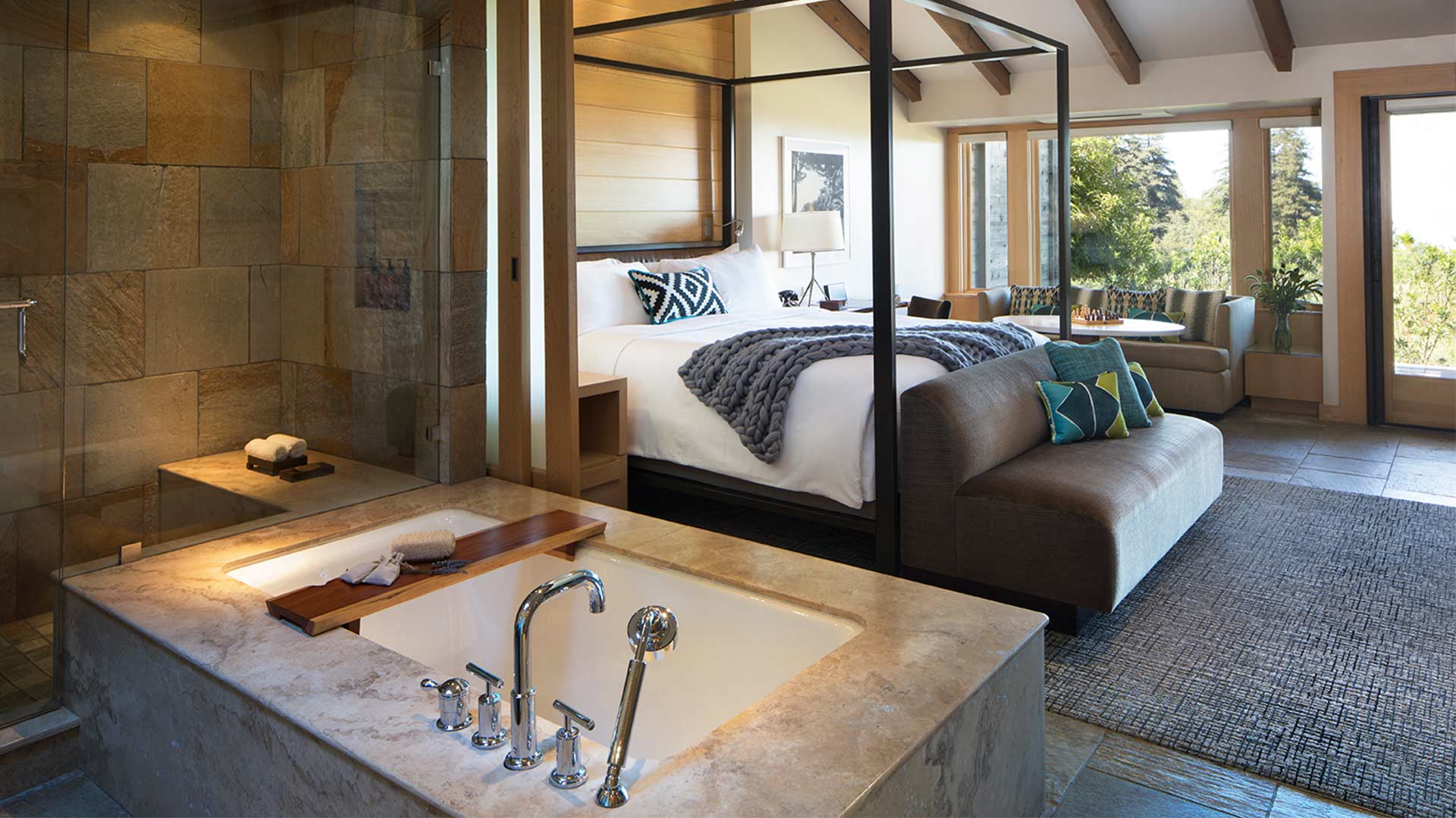 Pacific-house-suite-1