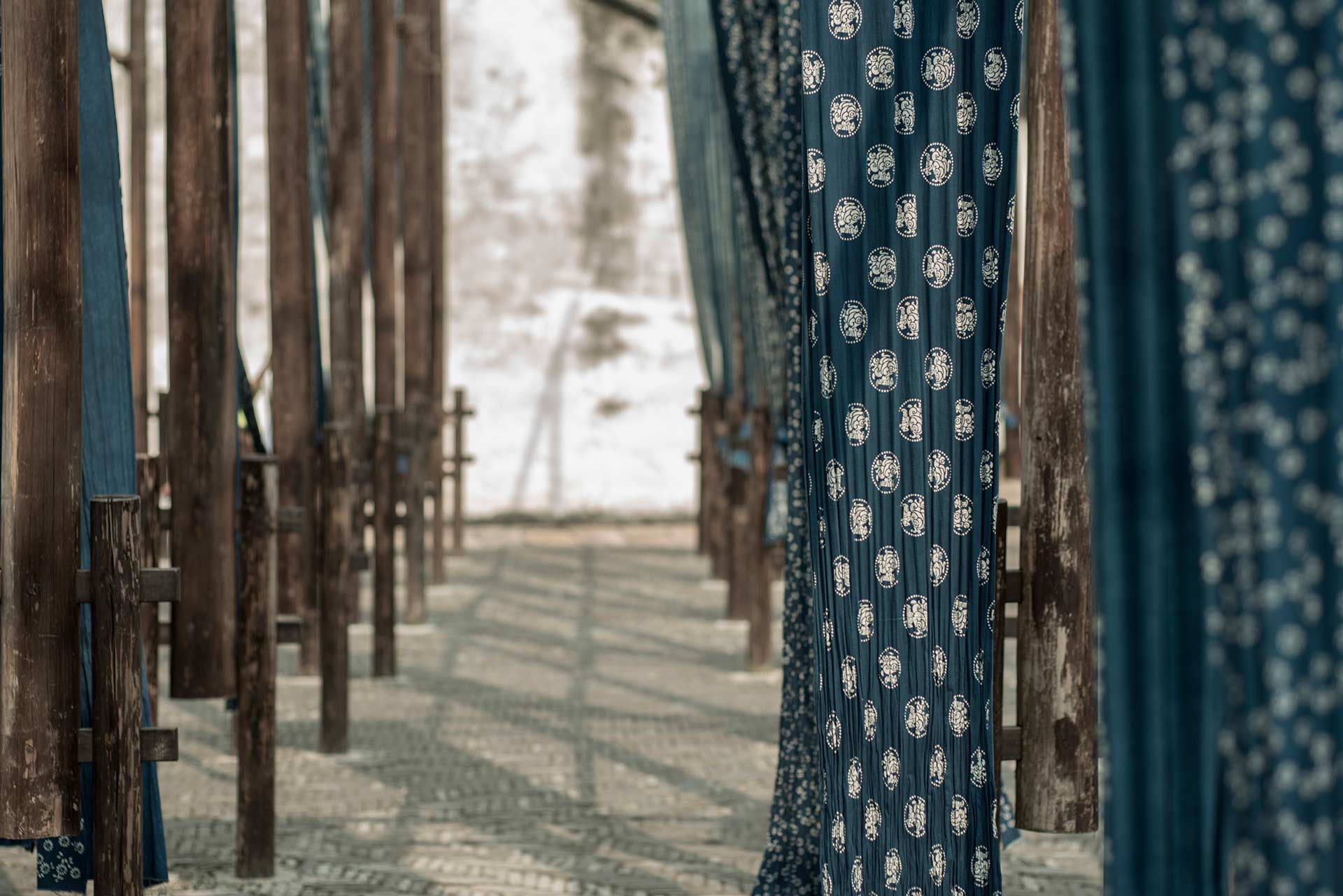 Alila Experience - Indigo Dyeing - Outdoor Fabric Display