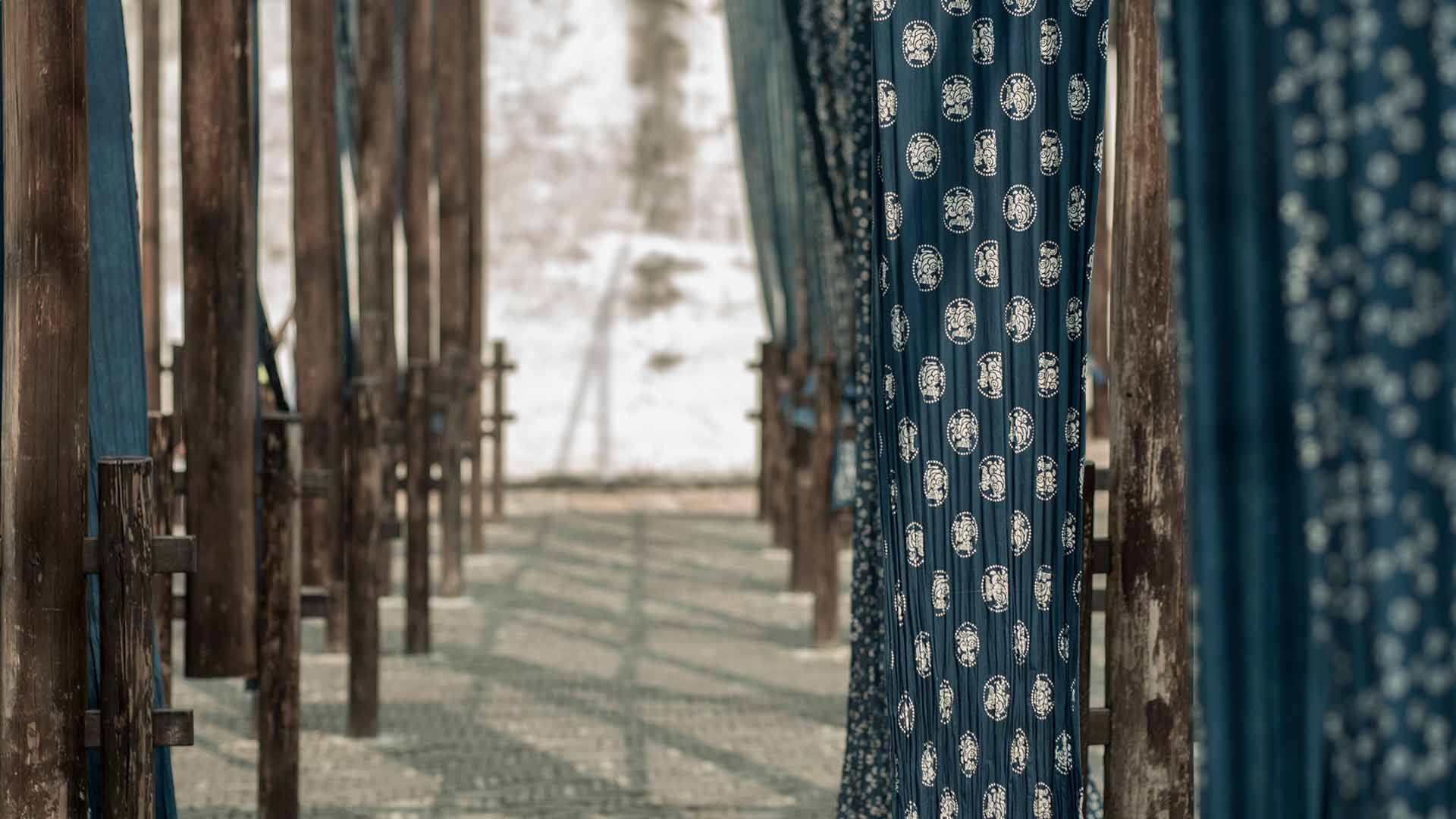 Outdoor Fabric Display - Indigo Dyeing Experience at Alila Wuzhen